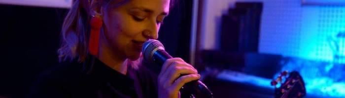 Mackenzie Leighton (USA) Live All'Artigiana