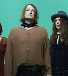 Murato! The Dandy Warhols + New Candys live at Locomotiv Club